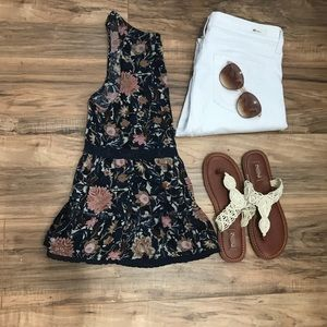 American Eagle Navy Blue Floral Peplum Top Size S